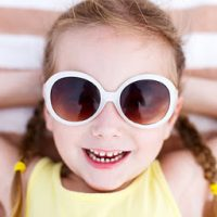 ways to keeping your eyes safe during summer